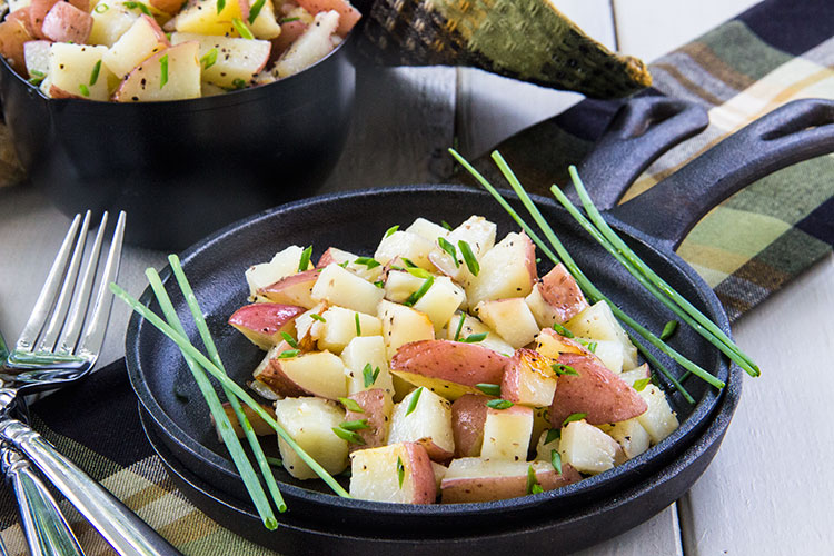 Easy-Grilled-Chive-Oil-Potatoes
