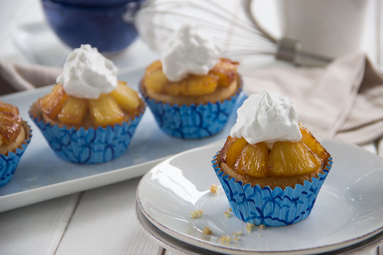Pineapple-Cucpakes-with-Whipped-Coconut-Cream