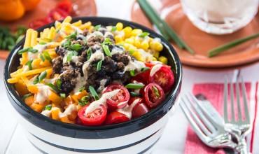 Skinny-Taco-Salad-With-Creamy-Ranch