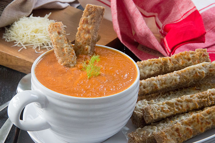 Creamy-Tomato-Soup-with-3-Cheese-Breadsticks