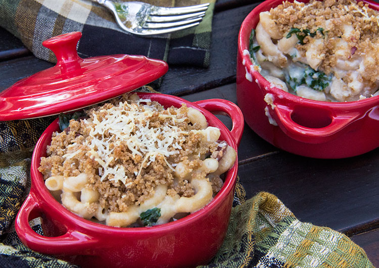 Tuscan-Mac-and-Cheese-with-Kale-and-Turkey-Bacon