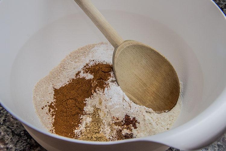 pumpkin-bread-dry-ingredients