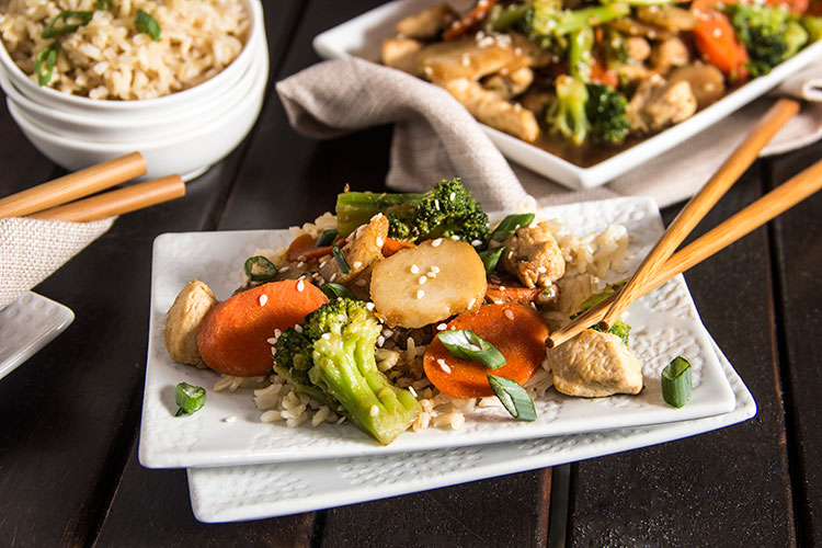Skinny-Chicken-Broccoli-Stir-Fry