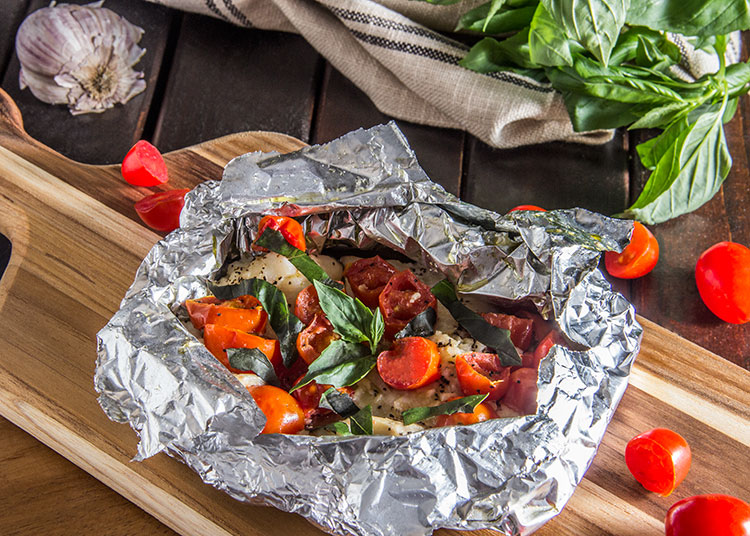20-Minute-Tomato-Basil-Grilled-Fish-Foil-Packet