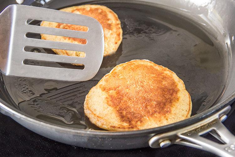 cooking-pancakes