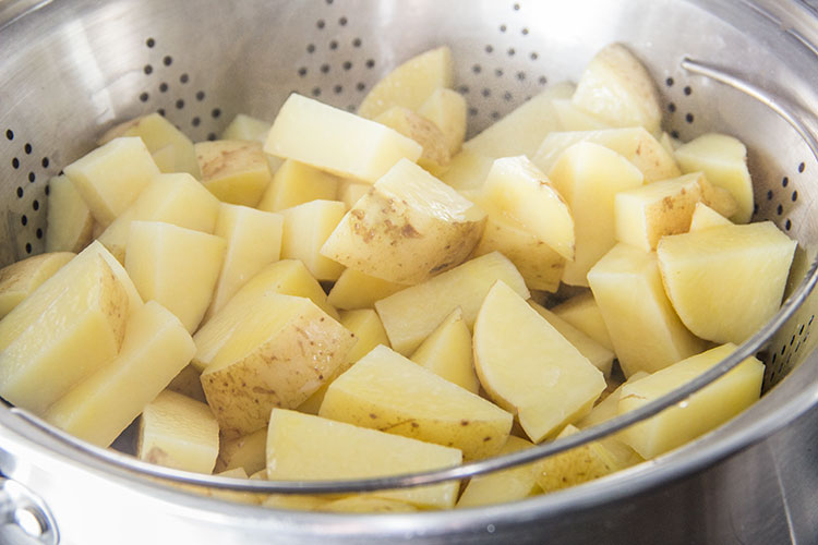 steaming-potatoes