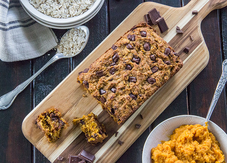 Chocolate-Chunk-Pumpkin-Oatmeal-Bread
