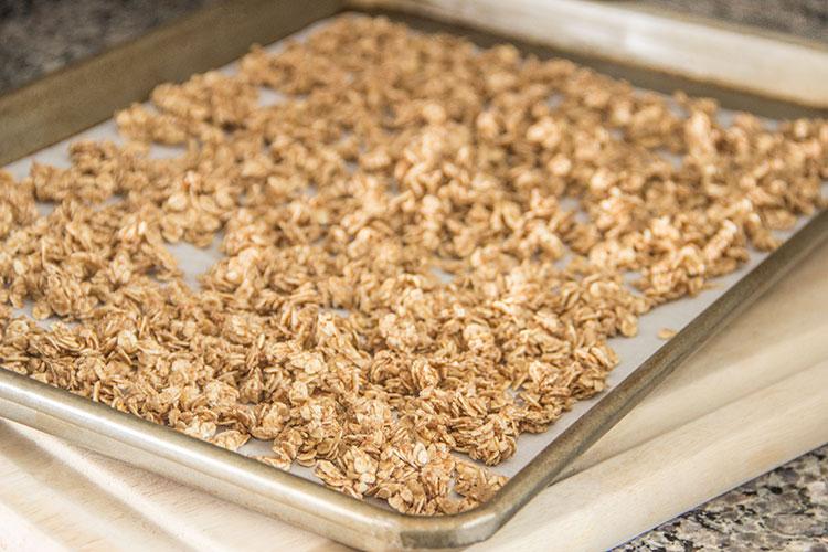 baking-granola