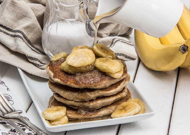 Coconut-Vegan-Pancakes-with-Maple-Bananas