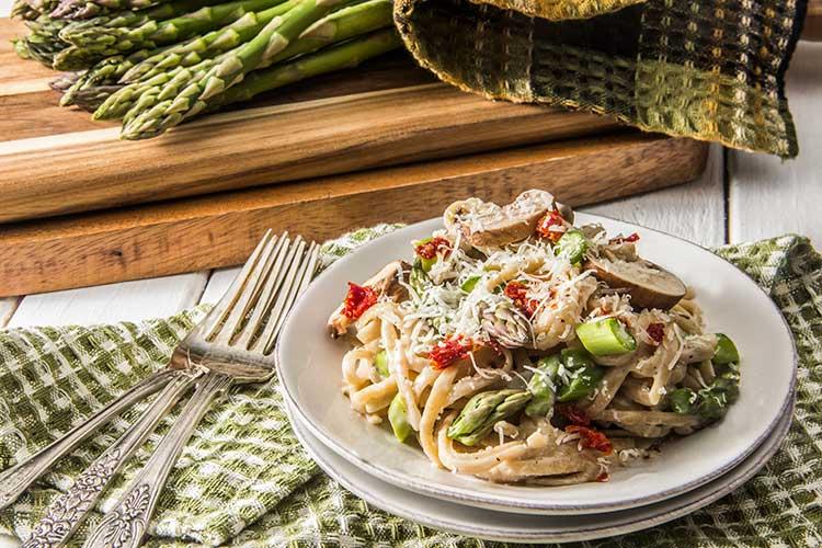 One-Pot-Creamy-Parmesan-Asparagus-Pasta