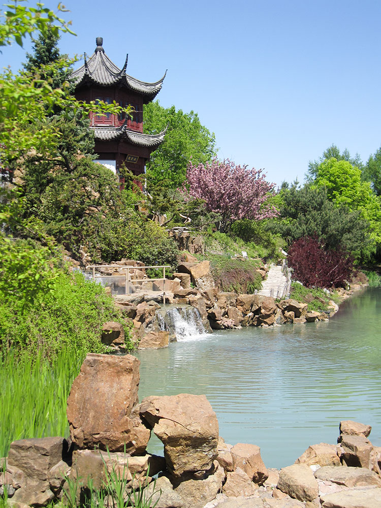 Things-to-Do-in-Montreal-Japanese-Garden