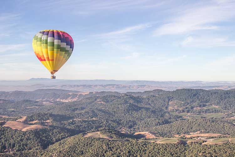 One-Hot-Air-Balloon-Over-Napa-Valley-Mountains
