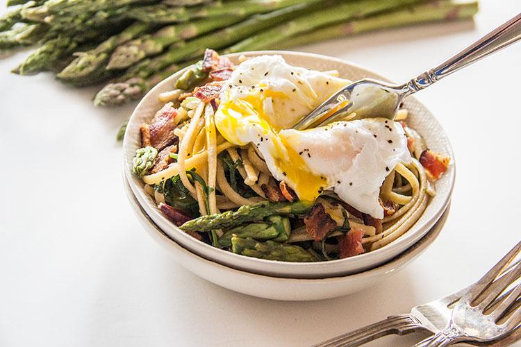 Asparagus-Carbonara-with-Poached-Egg