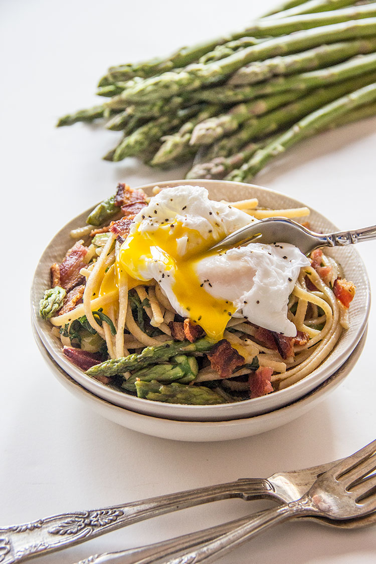 Carbonara-with-Asparagus-and-Poached-Egg