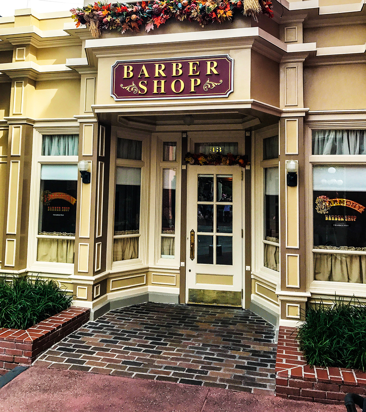 Harmony-Barber-Shop-Main-Street-Magic-Kingdom