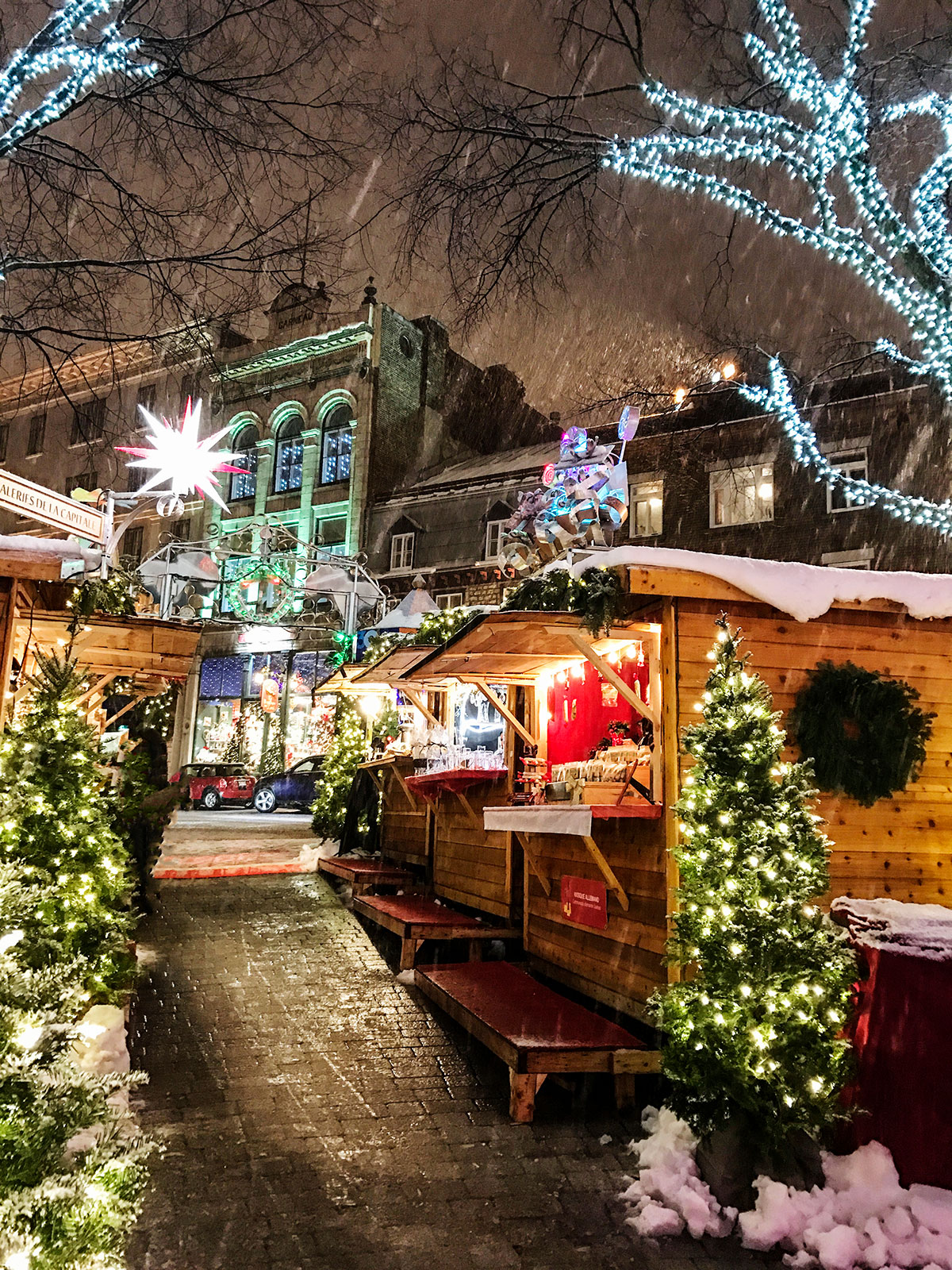 Quebec-City-German-Christmas-Market