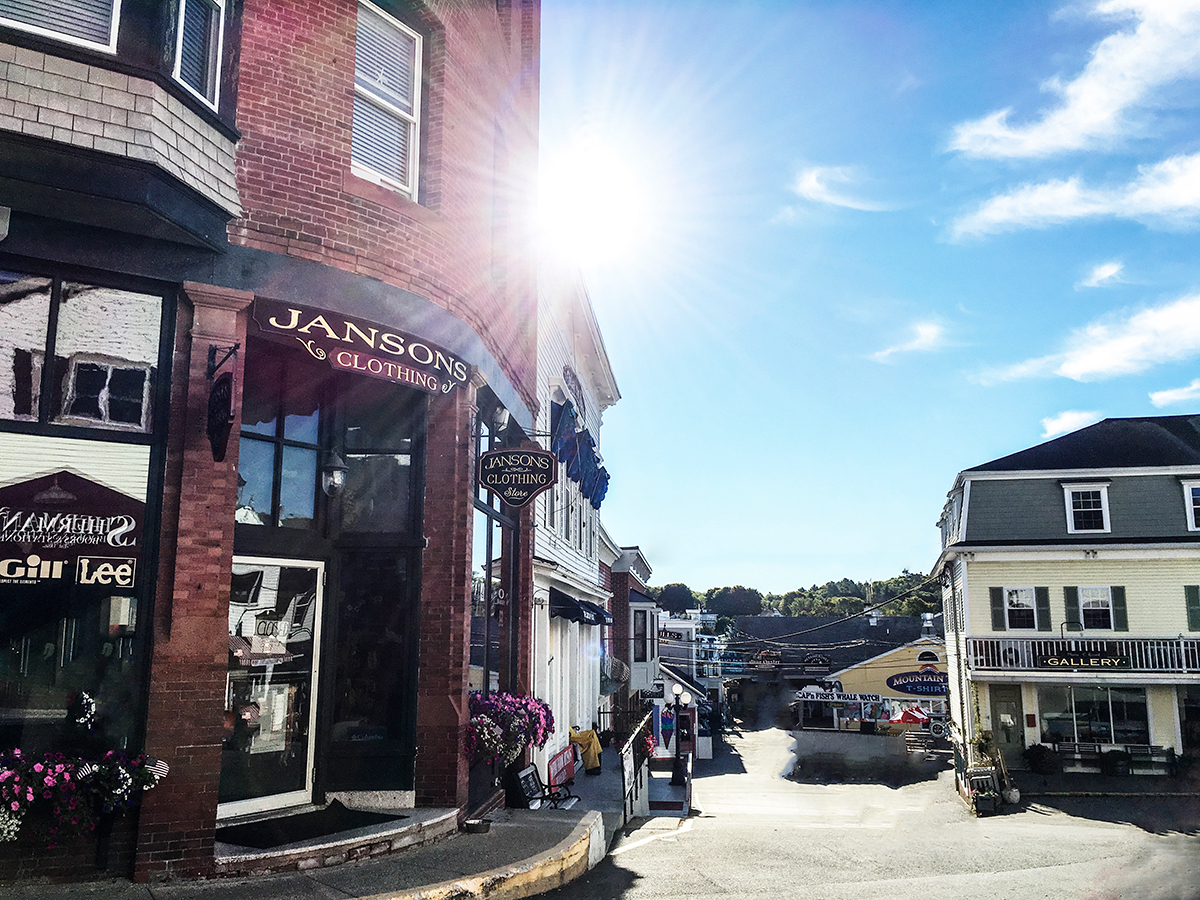 boothbay-harbor-downtown