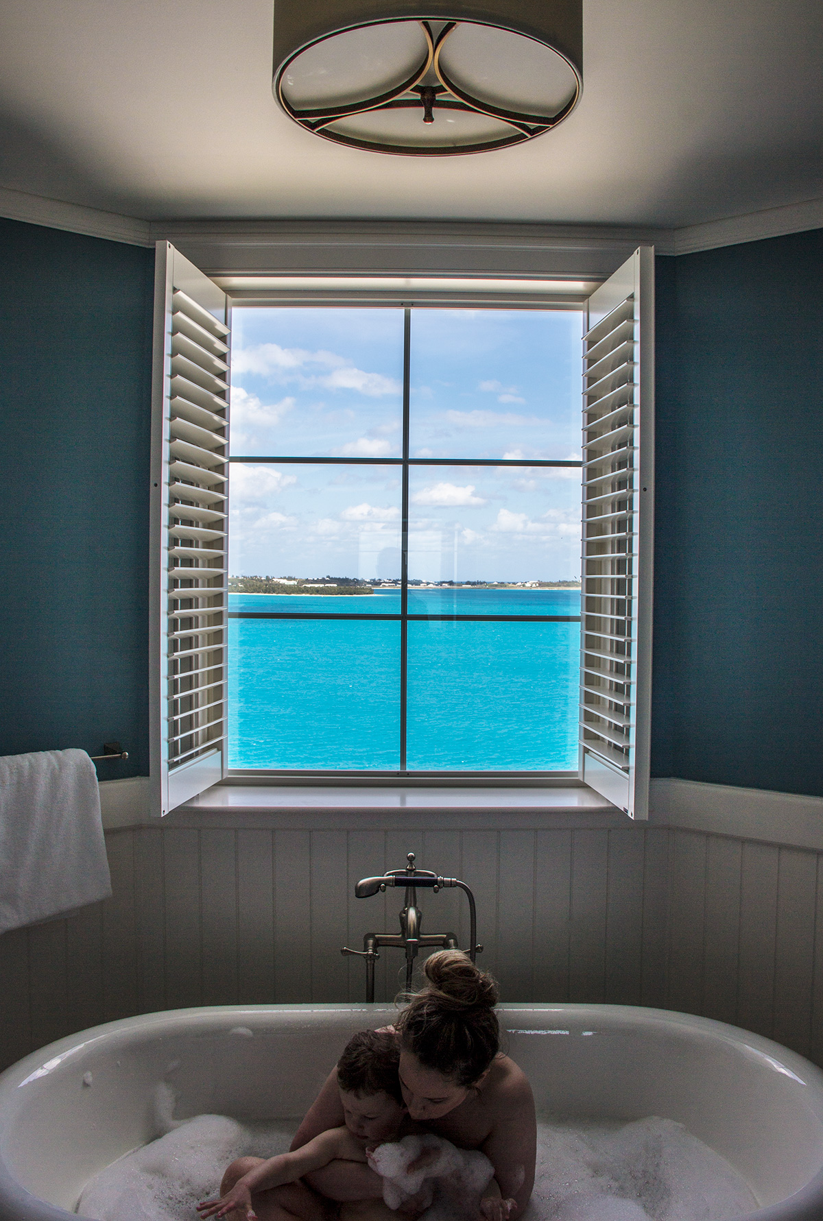 Beautiful-Bathroom-View-Rosewood-Bermuda