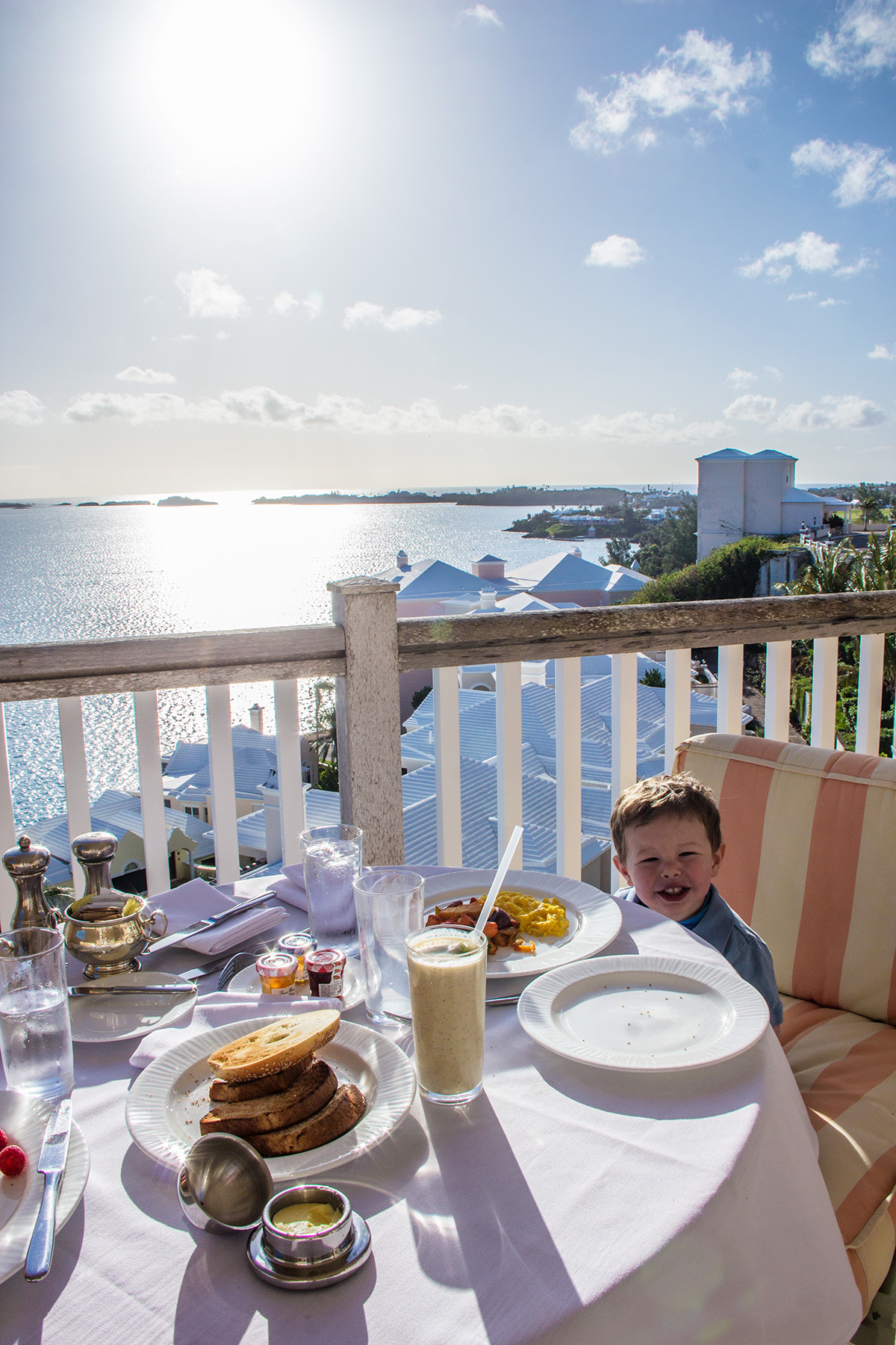 Breakfast-on-the-Balcony-at-Rosewood-Bermuda