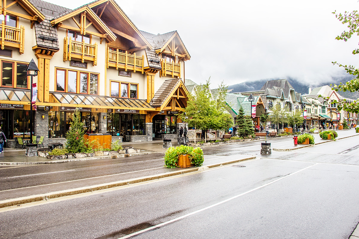Banff-Avenue-Town-of-Banff-Alberta