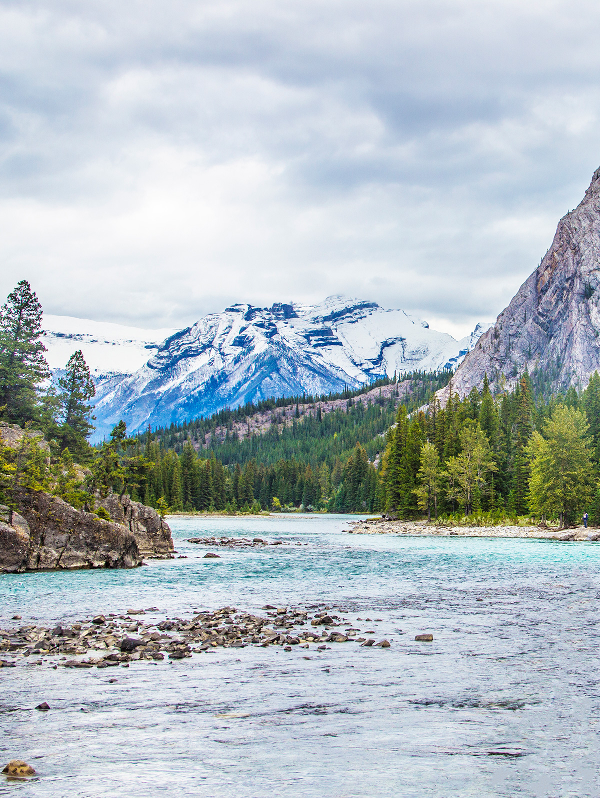 View-of-the-Mountains-From-Spray-River-Banff