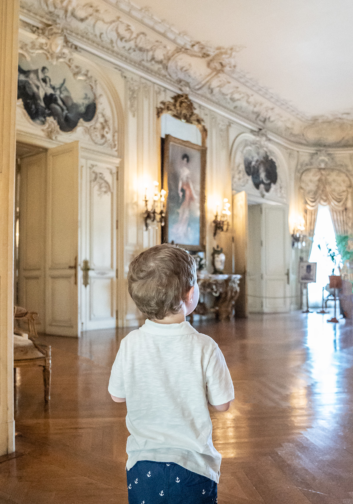 Take-A-Photo-Tour-of-The-Elms-Newport-Mansions
