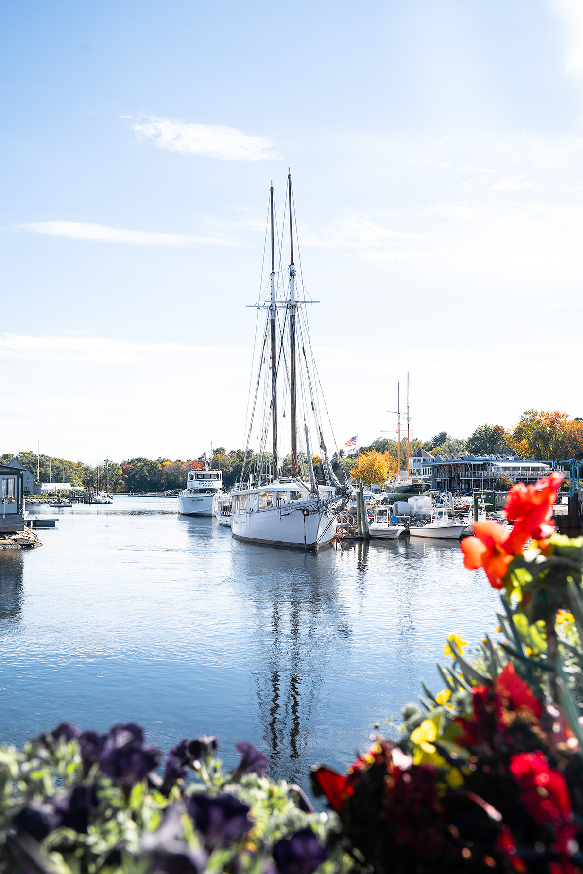 The-Number-One-Ultimate-Maine-Town-For-Fall-Foliage