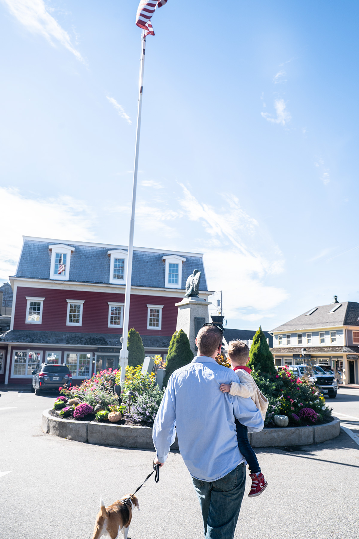 Wandering-Downtown-Kennebunkport-Maine