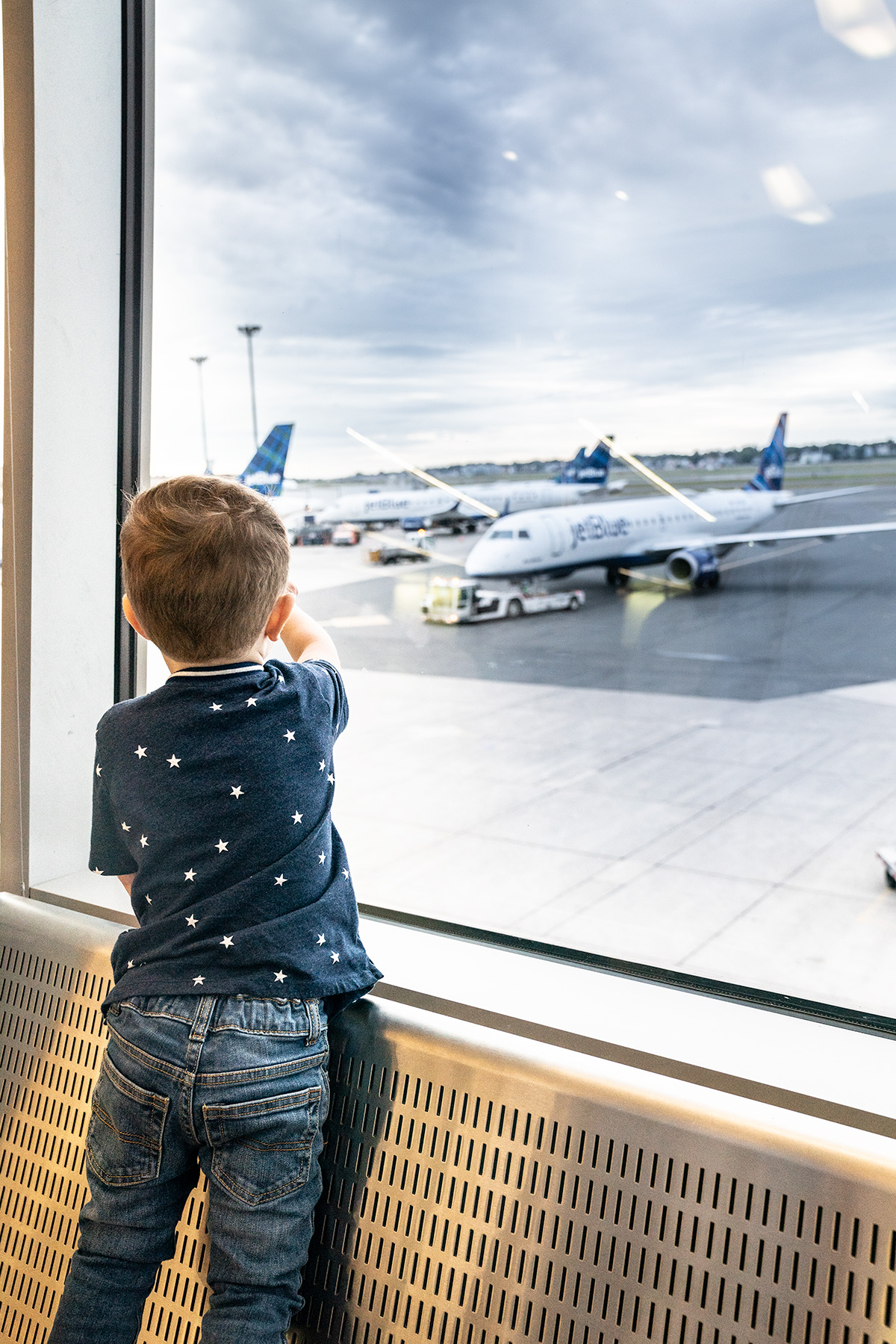 Airplane-Travel-with-a-Toddler