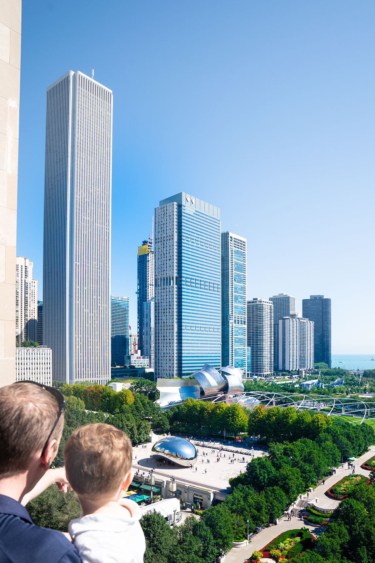Cindys-Rooftop-Chicago-Skyline-View