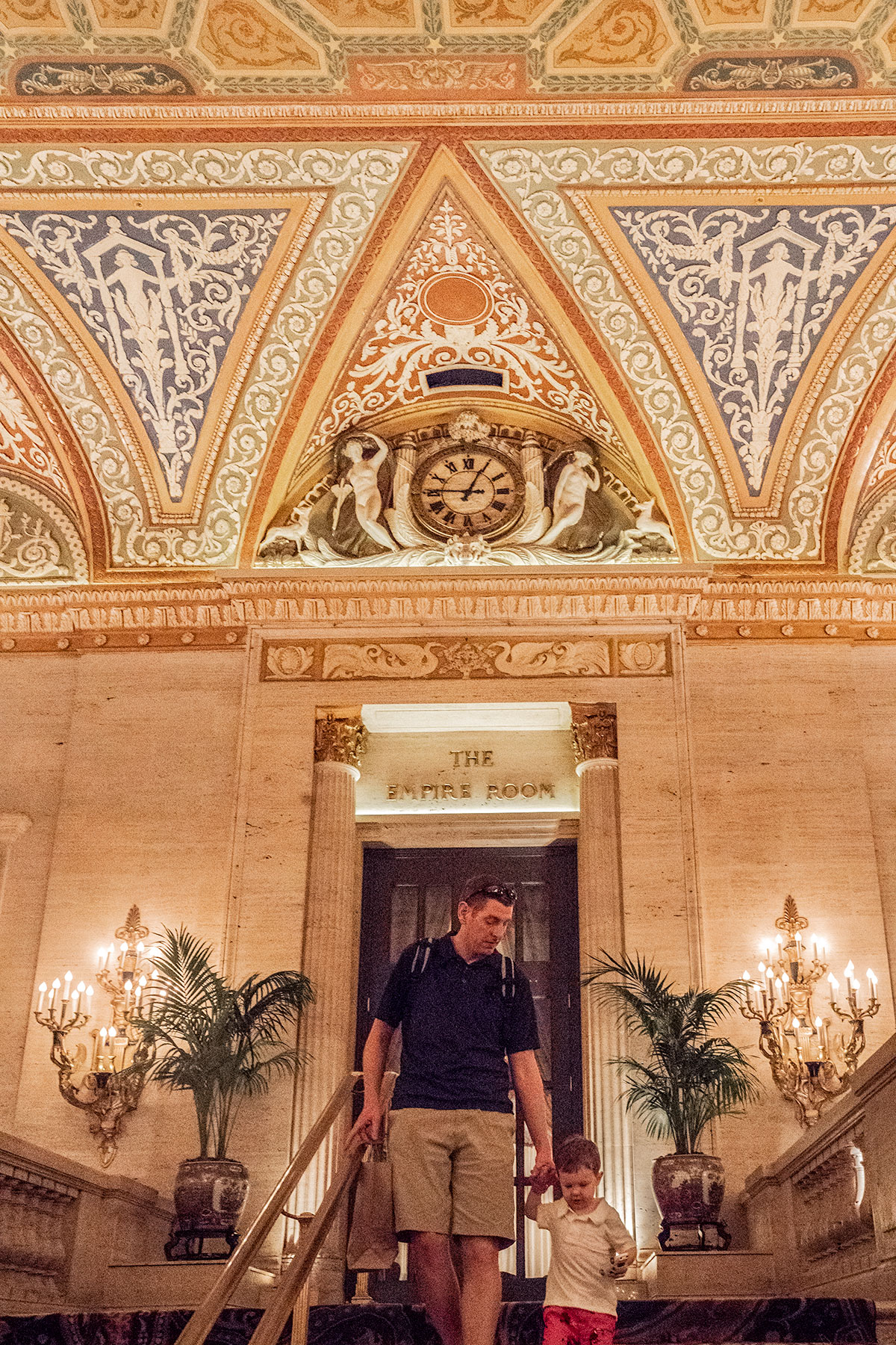 Exploring-Palmer-House-Lobby-Chicago