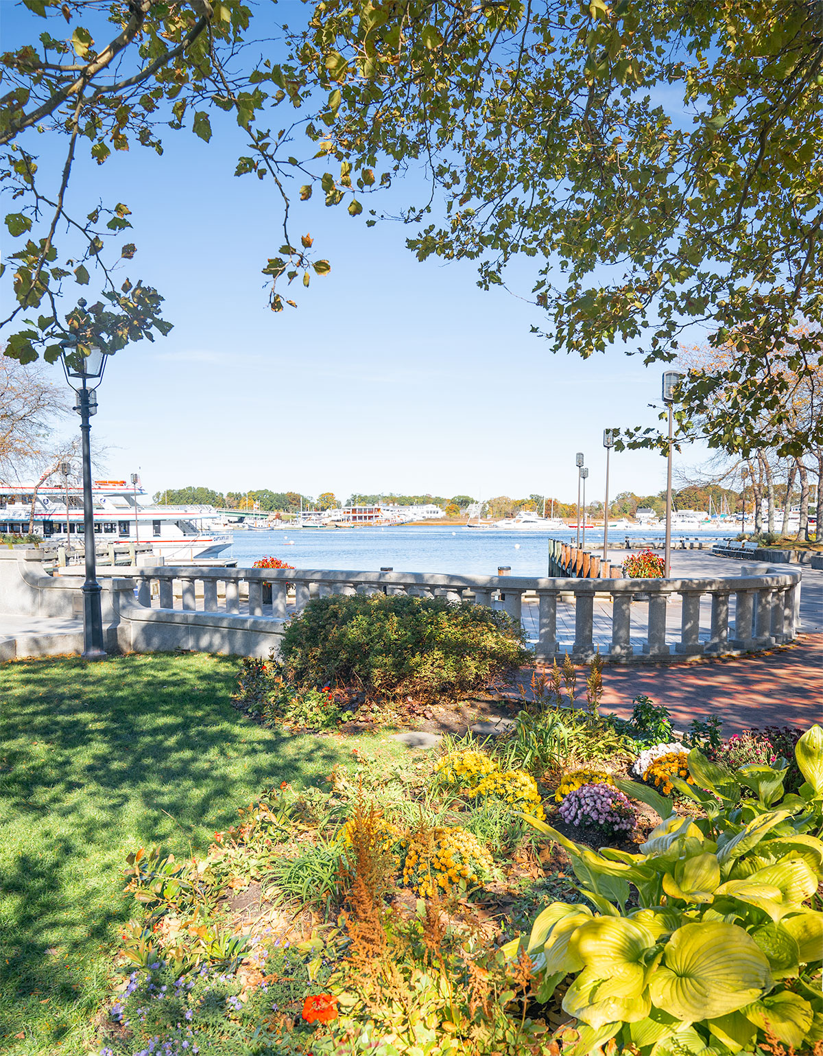 Newburyport-Harbor-in-Fall-Massachusetts
