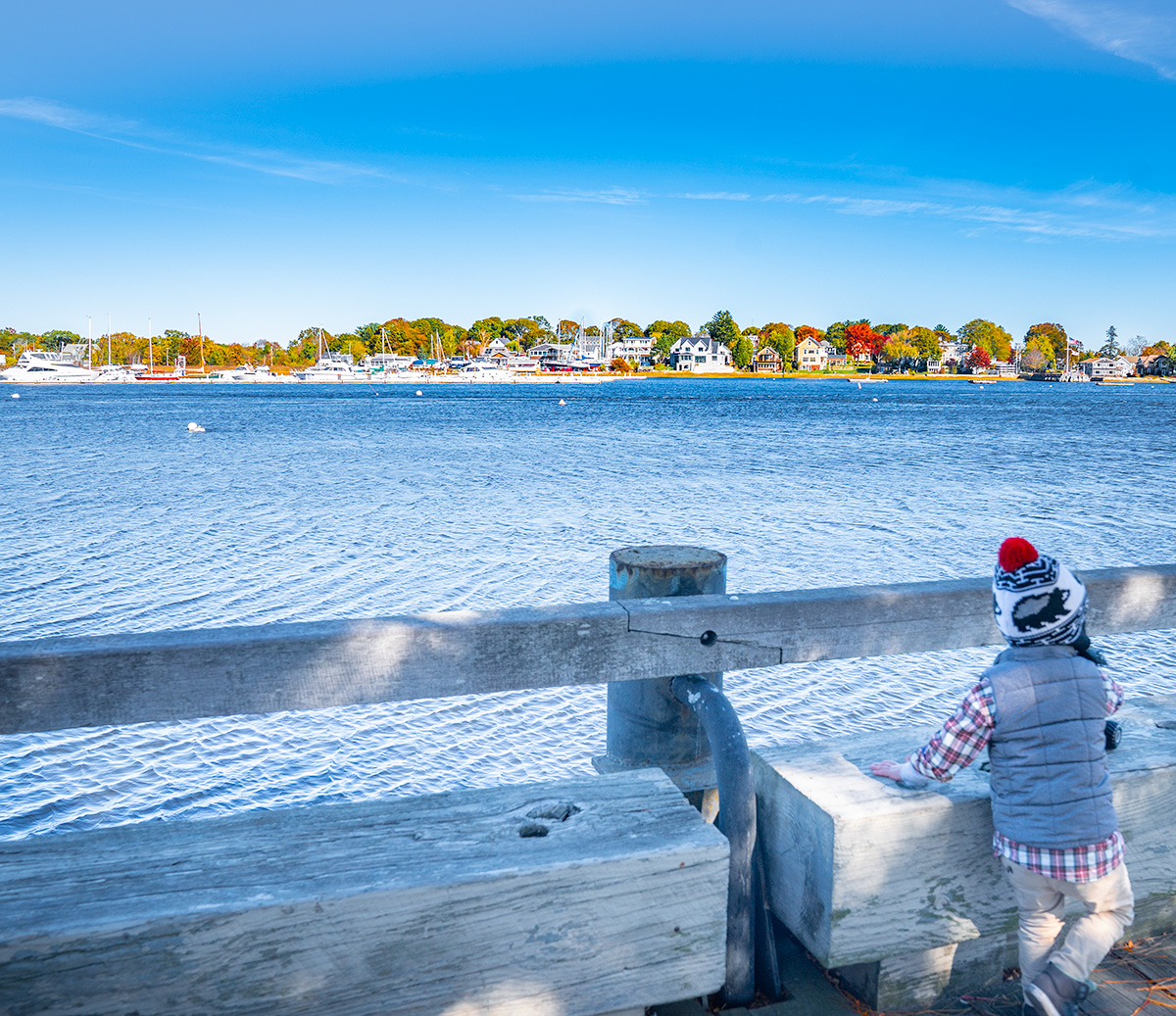 Newburyport-Massachusetts-Harbor-fall-foliage