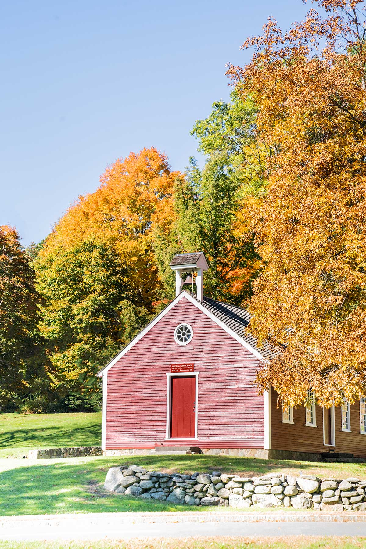 Original-Schoolhouse-in-Fall-Newbury-Massachusetts