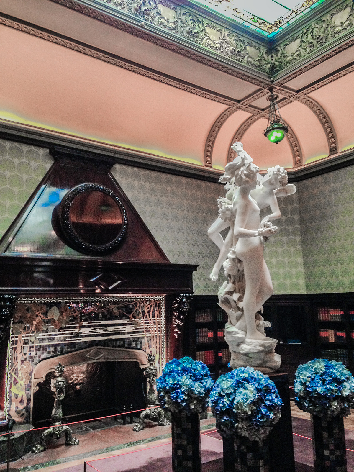 Sculpture-at-Driehaus-Museum