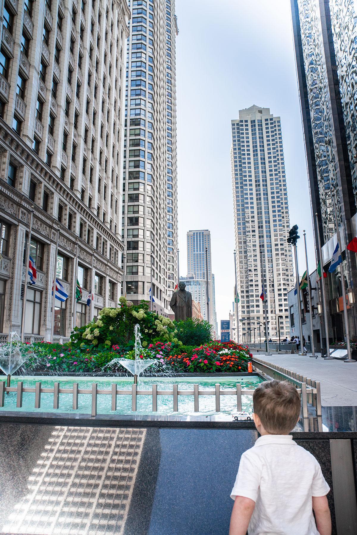 Trevor-Travels-To-Chicago
