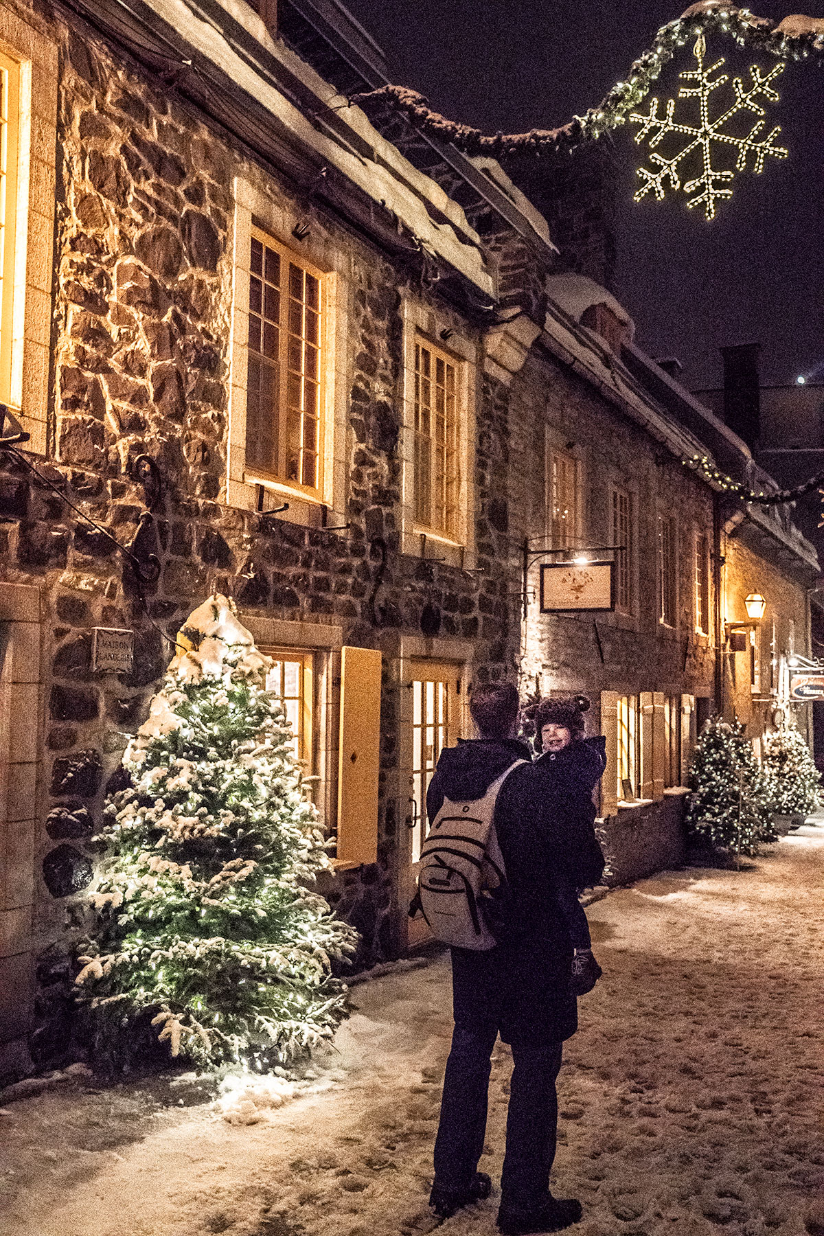 Beautiful-Petit-Quartier-Champlain-at-Christmas-in-Winter