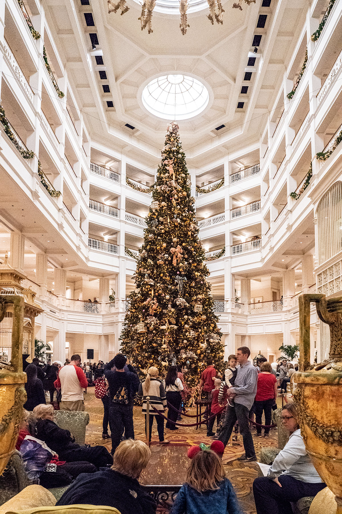 Grand-Floridian-Towering-Christmas-Tree-Walt-Disney-World