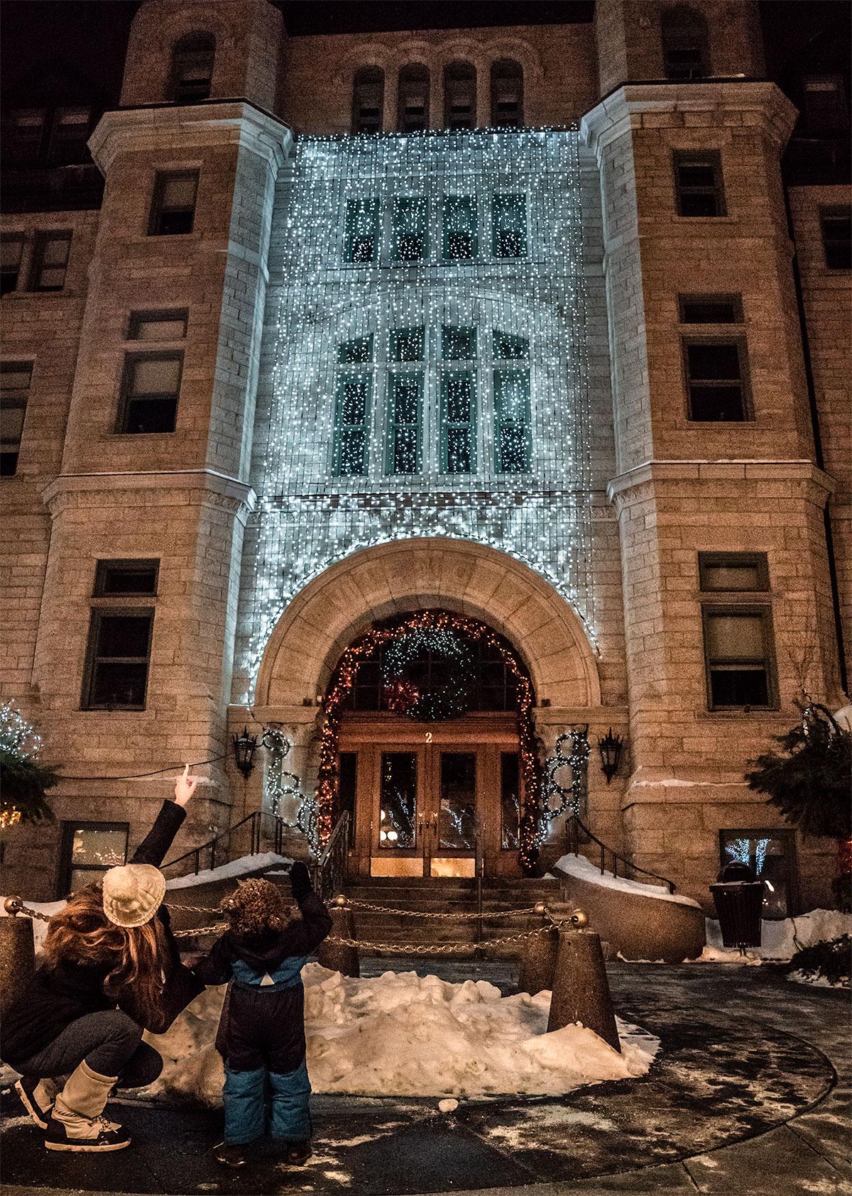 Holiday-Decor-Quebec-City