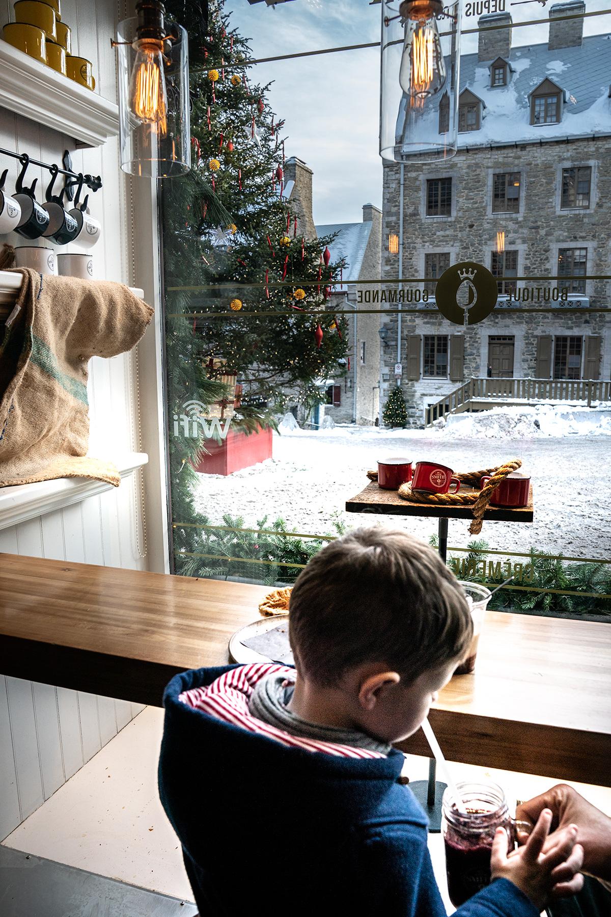 Holidays-at-Cafe-La-Maison-Smith-Quebec