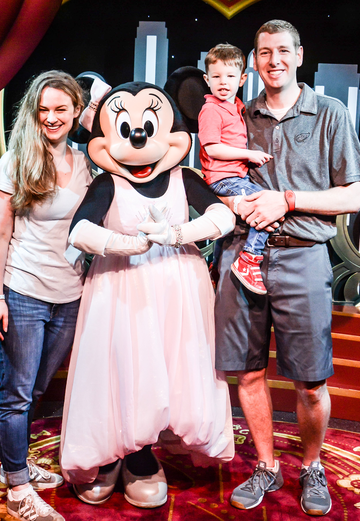 Meeting-Minnie-Disneys-Hollywood-Studios