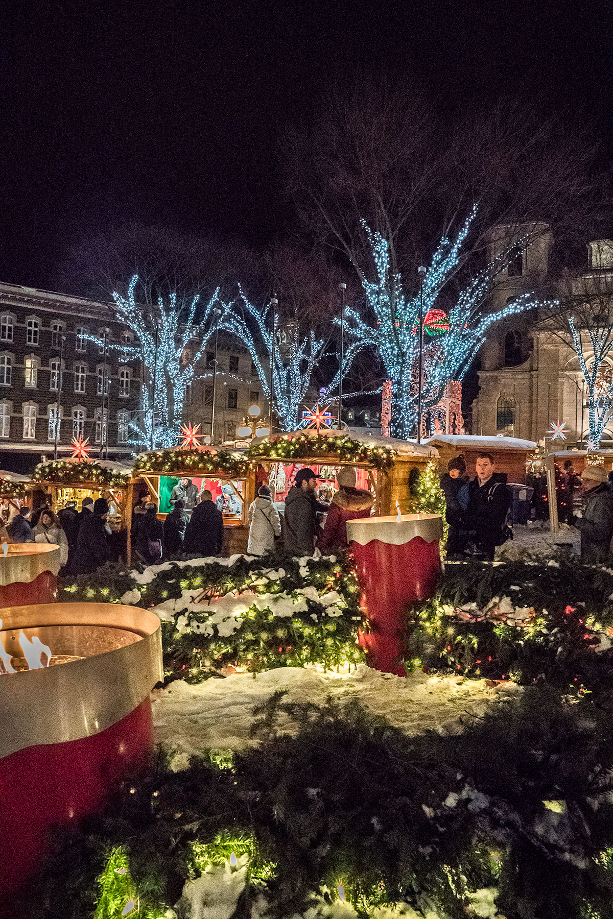 Old Quebec City Christmas Market.Ultimate Weekend Guide For Families Quebec City At