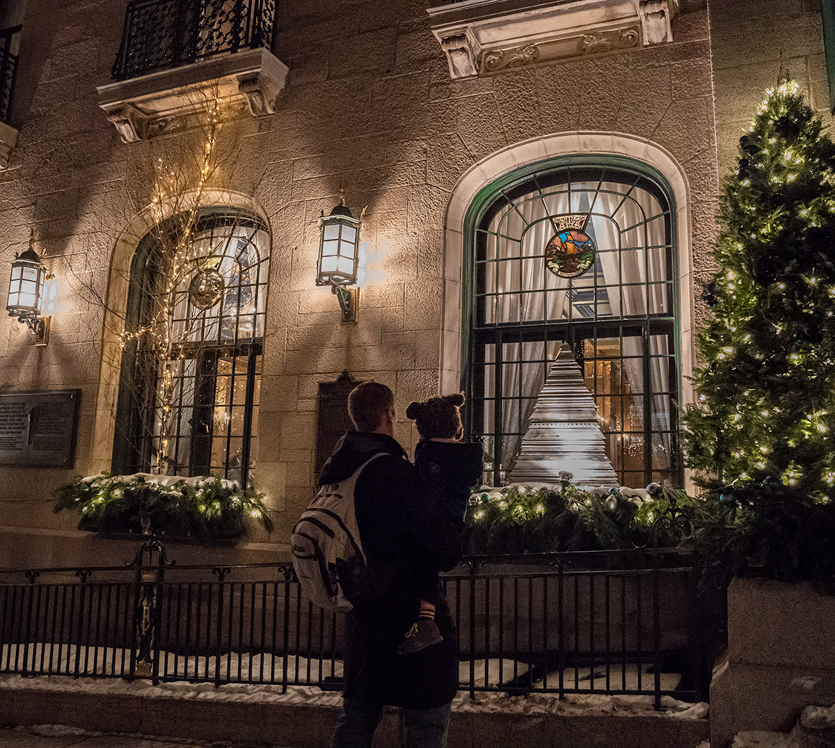 Touring-Chateau-Frontenac-at-Christmas-Quebec