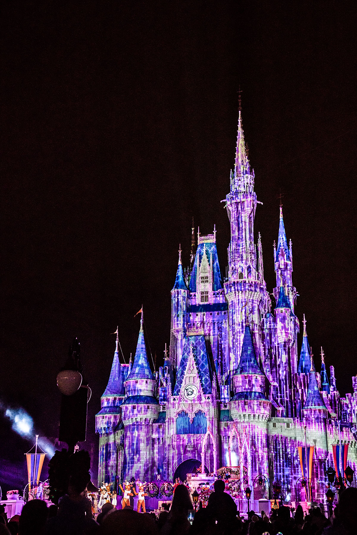 Cinderella-Castle-Christmas-Magic-Kingdom