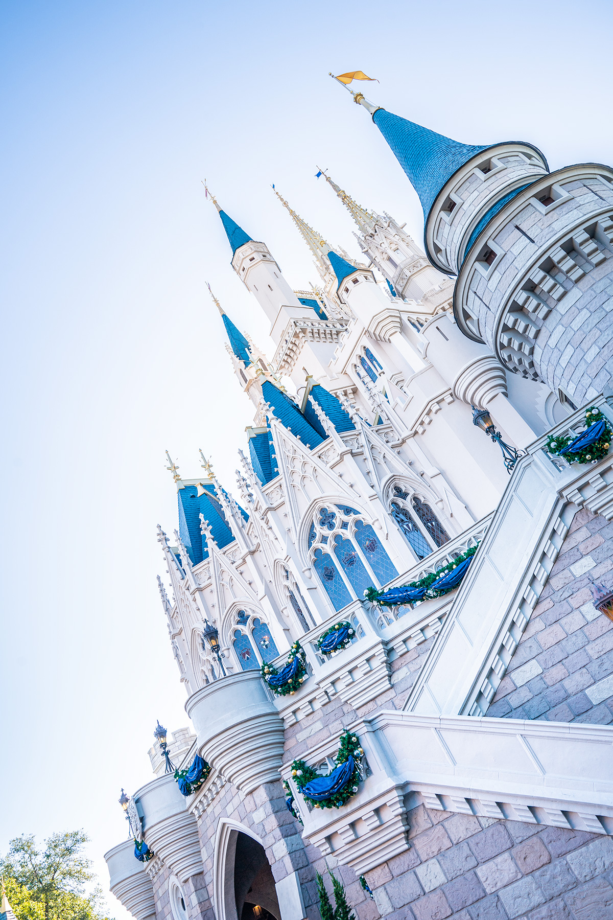 Cinderella-Castle-Magic-Kingdom-Christmas