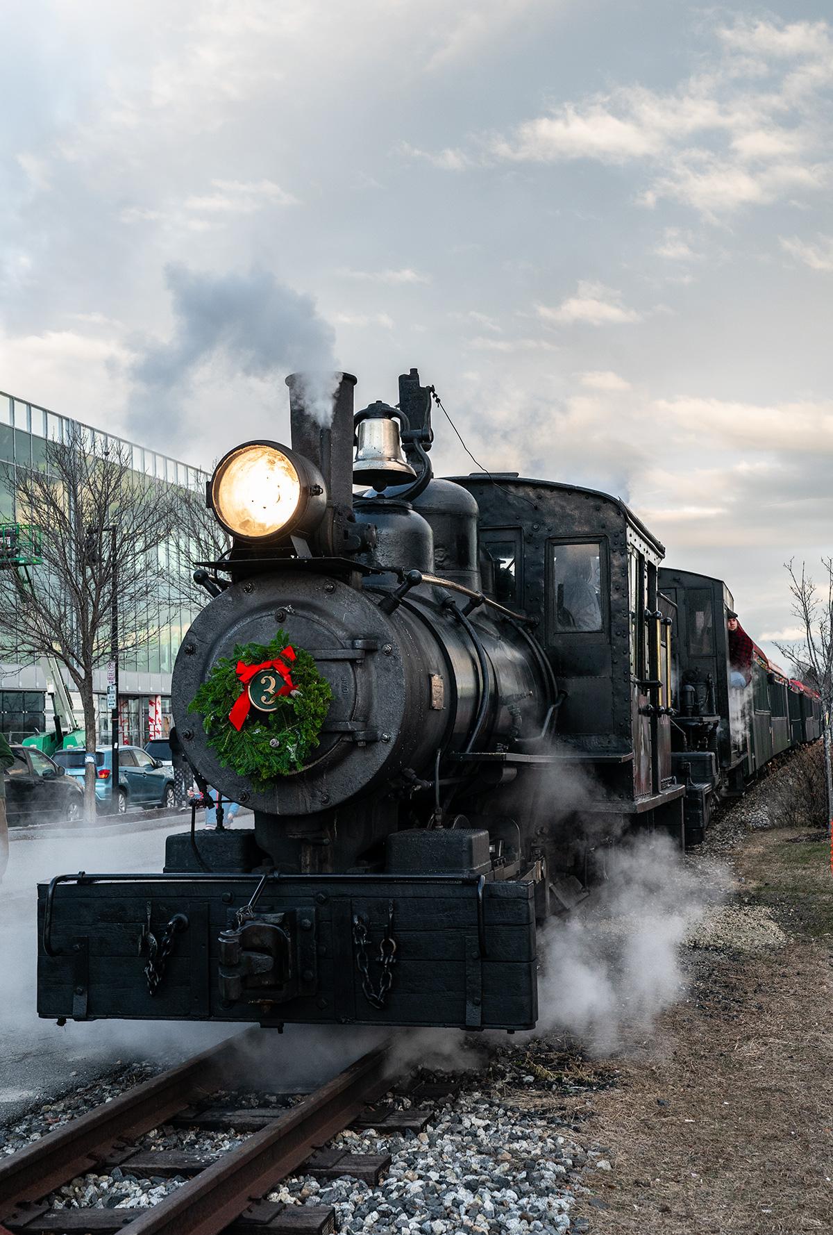 Polar-Express-Train