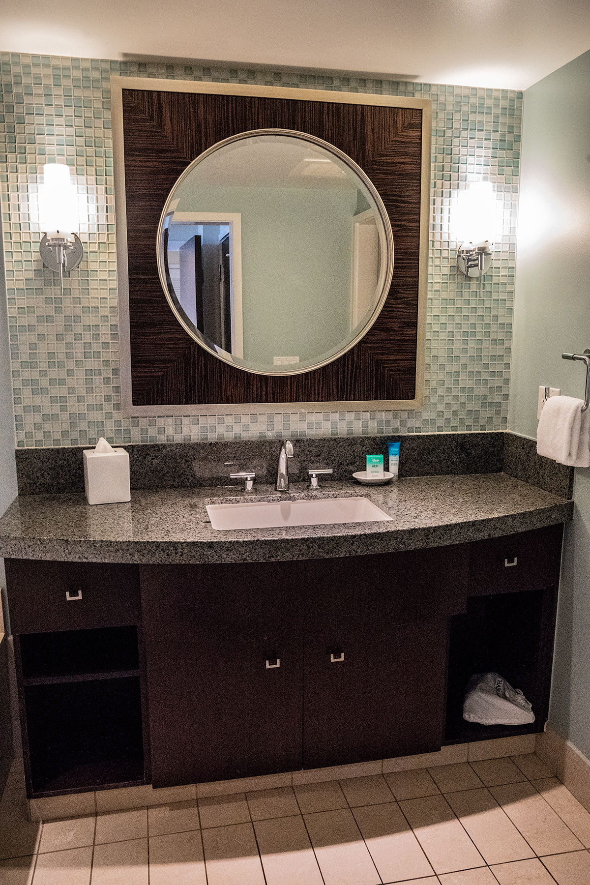 Bathroom-One-Bderoom-Suite-Disney-Contemporary