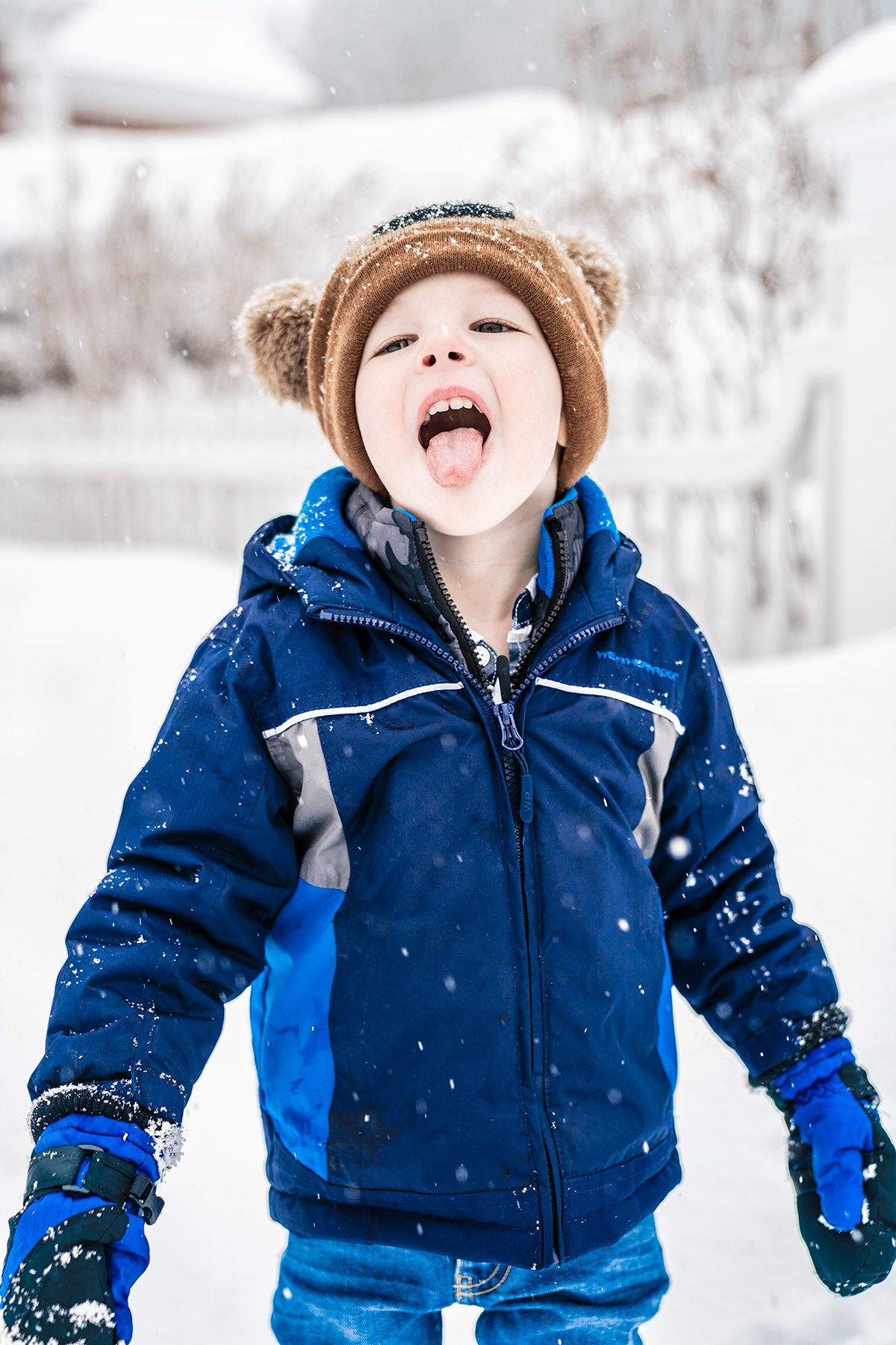 Catching-Snowflakes-on-His-Tongue-Woodstock-vermont