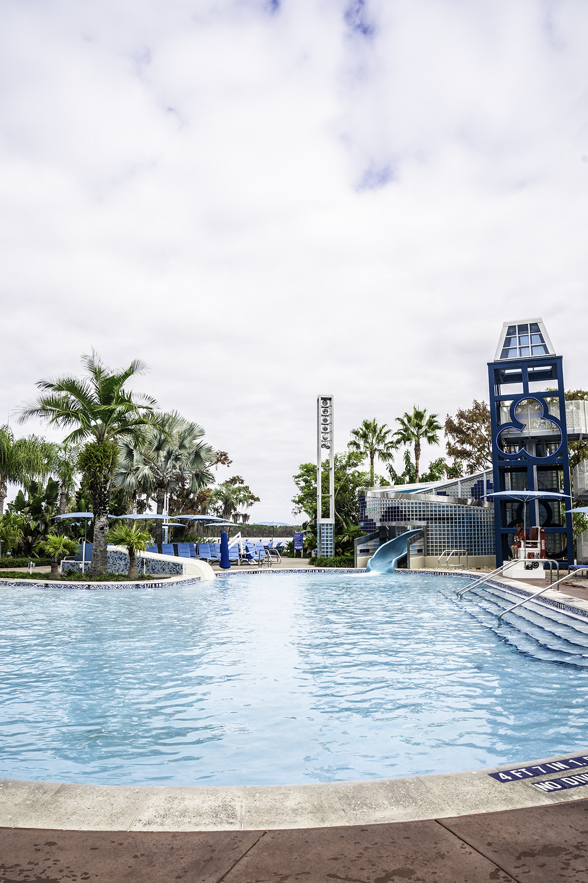 Pool-at-Disneys-Contemporary-Resort