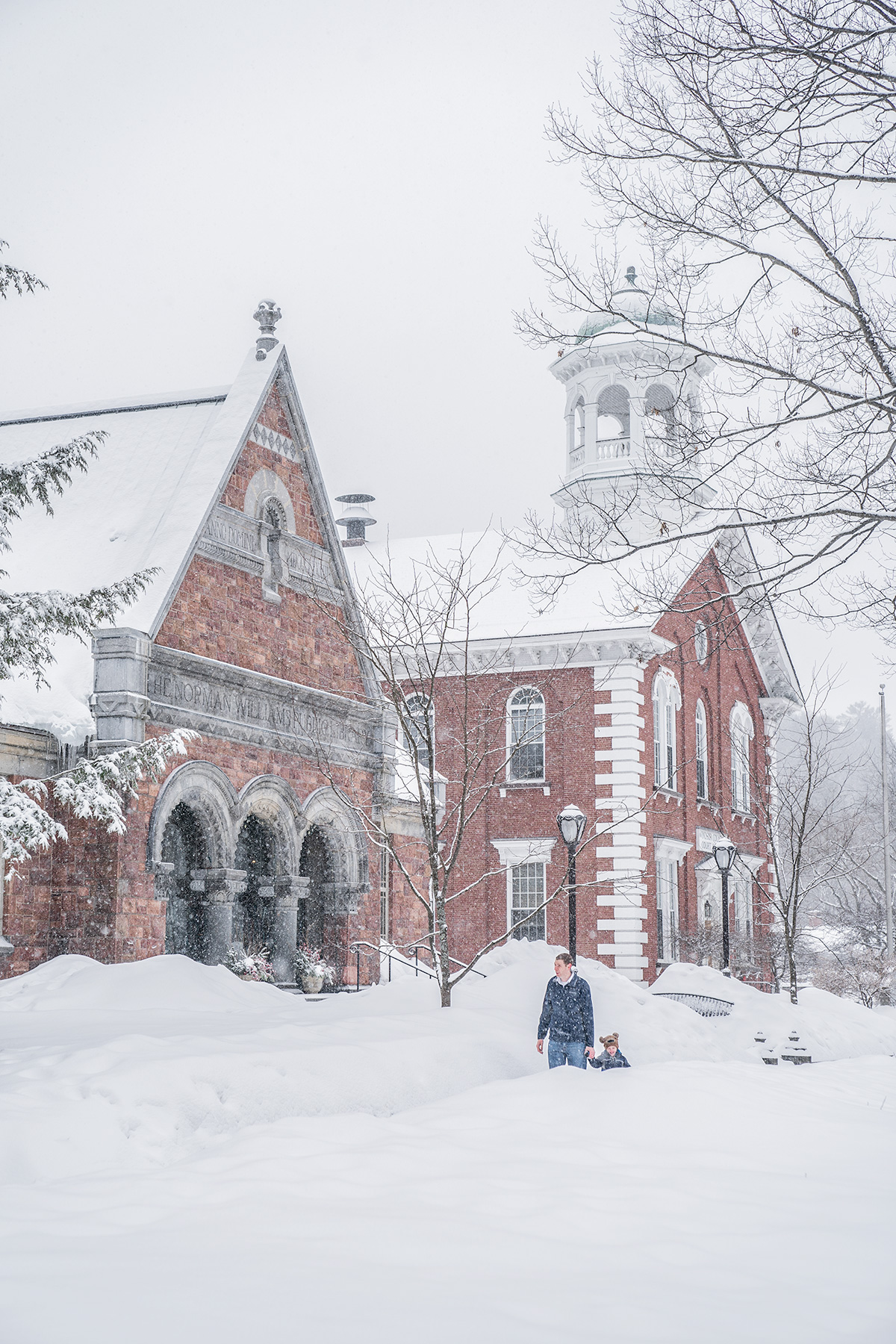 Woodstock-Vermont-During-Snowfall